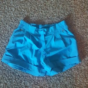 Nwot. Lululemon spring break away shorts